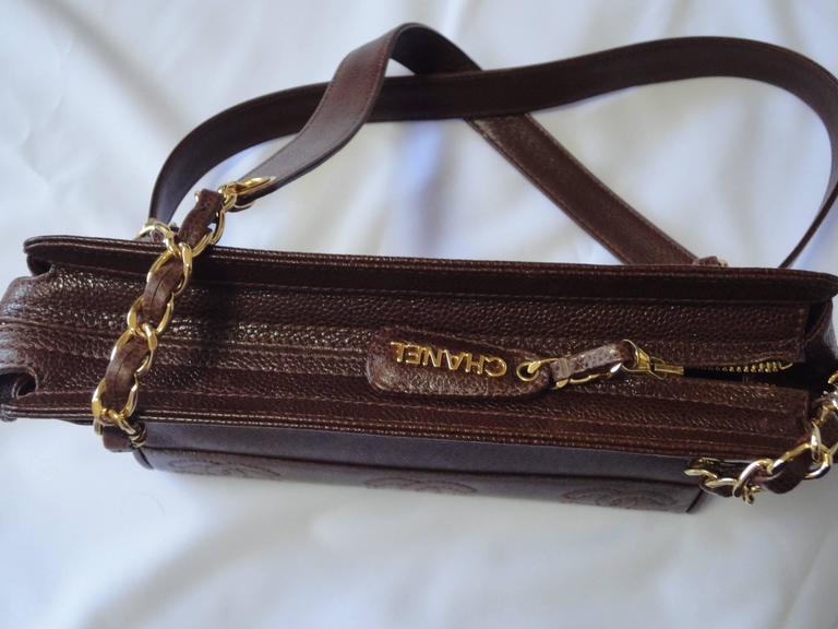 MINT. Vintage CHANEL dark brown caviar shoulder bag, tote bag with CC mark. For Sale 3