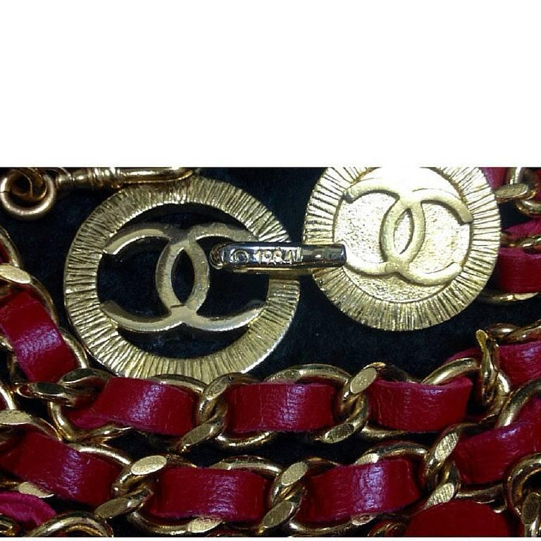 Mint. 80's Vintage CHANEL red leather chain belt with golden CC charms.  5