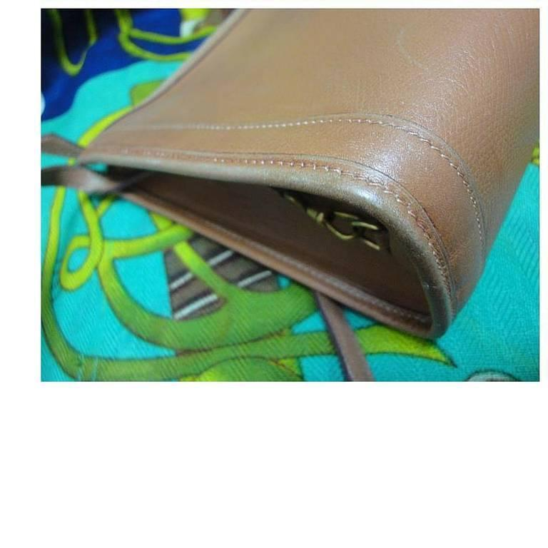 Brown 80's vintage HERMES tanned brown, courchevel leather, shoulder bag, clutch purse For Sale