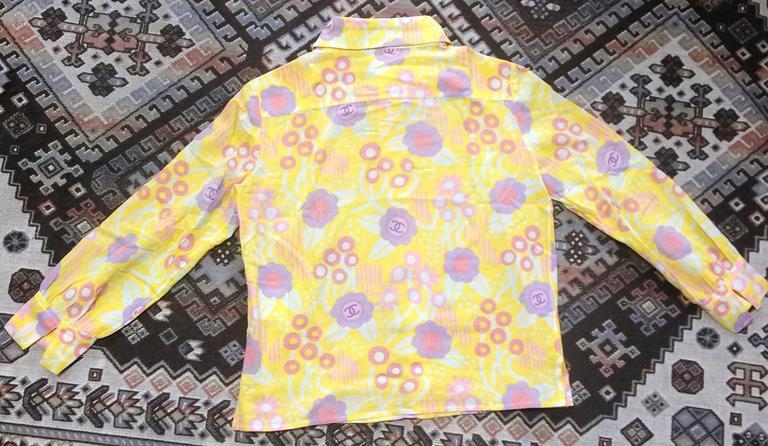 Vintage CHANEL yellow, pink, orange, etc floral print cotton blouse, shirt. 34 For Sale 5