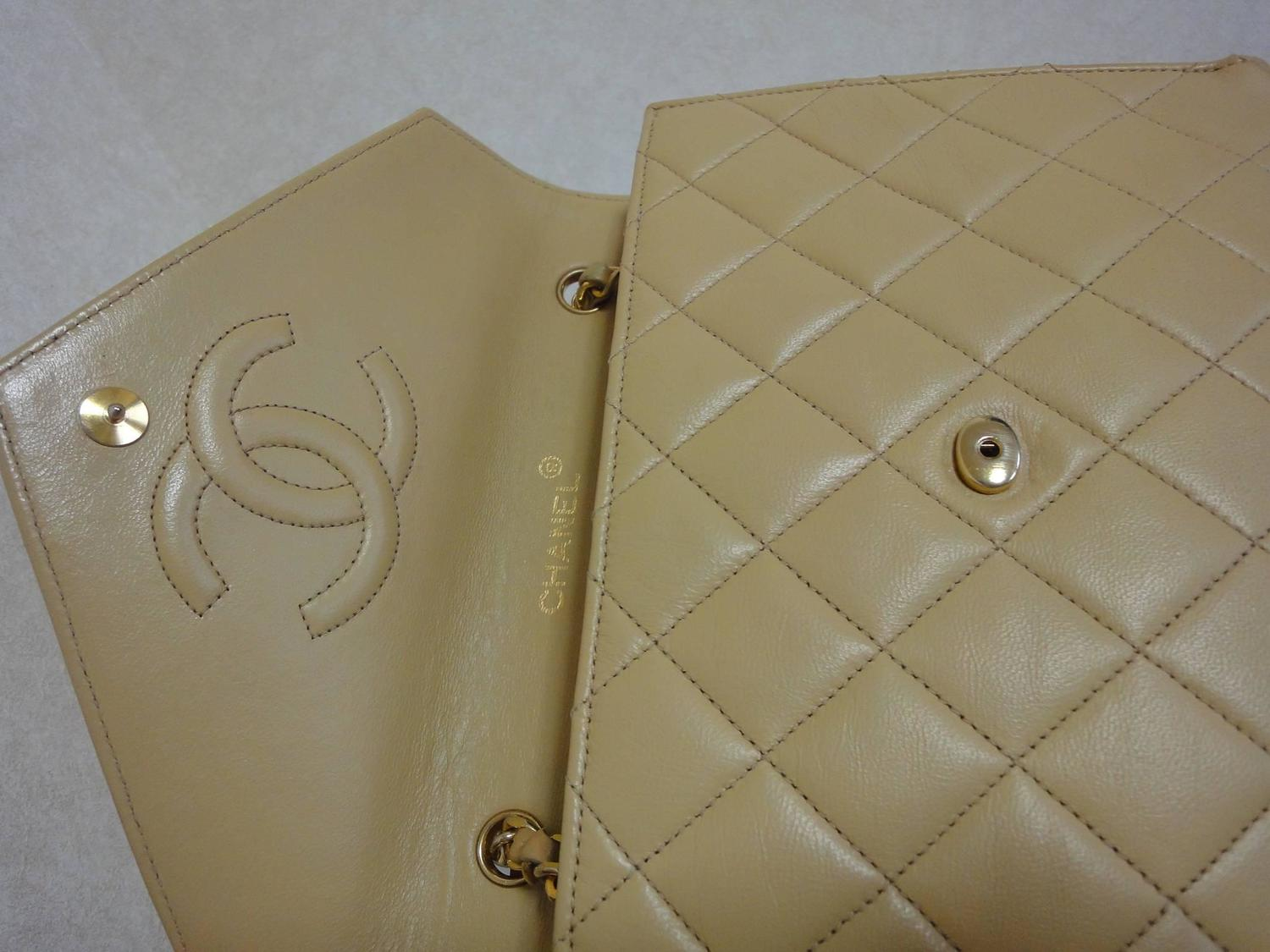 1980s vintage chanel beige quilted lambskin chain shoulder for Interior design 08742