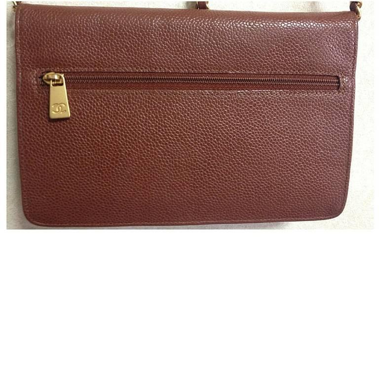MINT. Vintage CHANEL brown caviar shoulder clutch chain bag, iPhone, wallet. 2