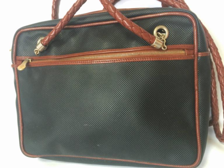 ... Drawstring Hobo Bag. nextprev. prevnext  sale 94ec5 92ef7 ... classic  shoes d10a8 db8c6 Vintage Bottega Veneta classic black shoulder ... 13e75e18954f3