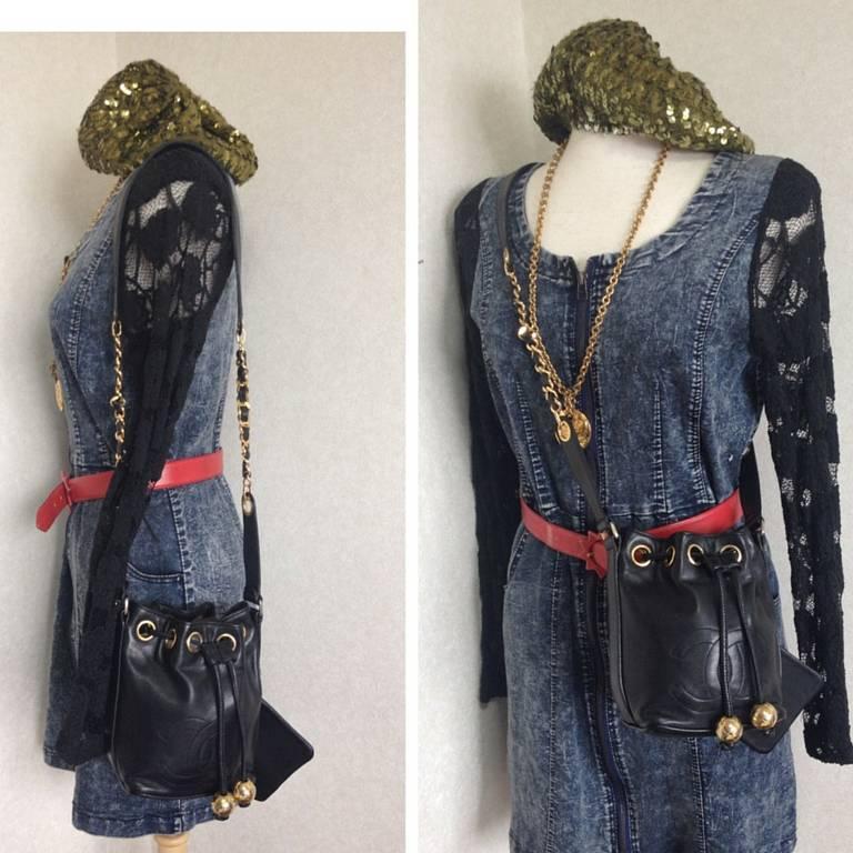 Vintage CHANEL black lamb leather mini hobo bucket drawstring shoulder bag. For Sale 5