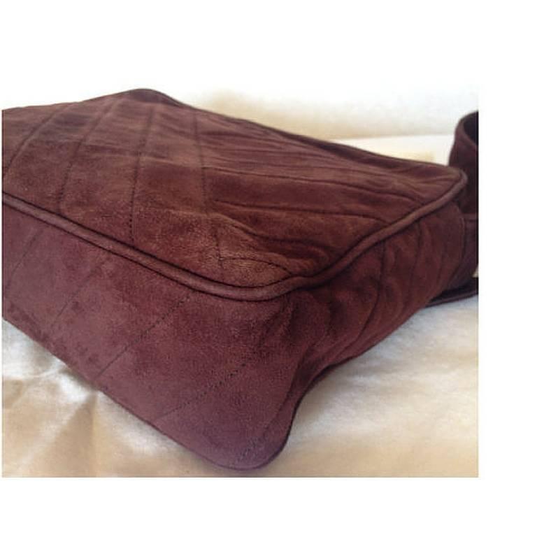 Vintage CHANEL dark brown V stitch suede leather shoulder bag with CC stitch 4