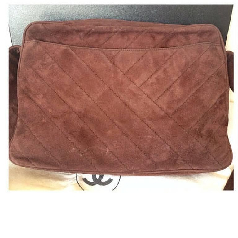 Vintage CHANEL dark brown V stitch suede leather shoulder bag with CC stitch 2