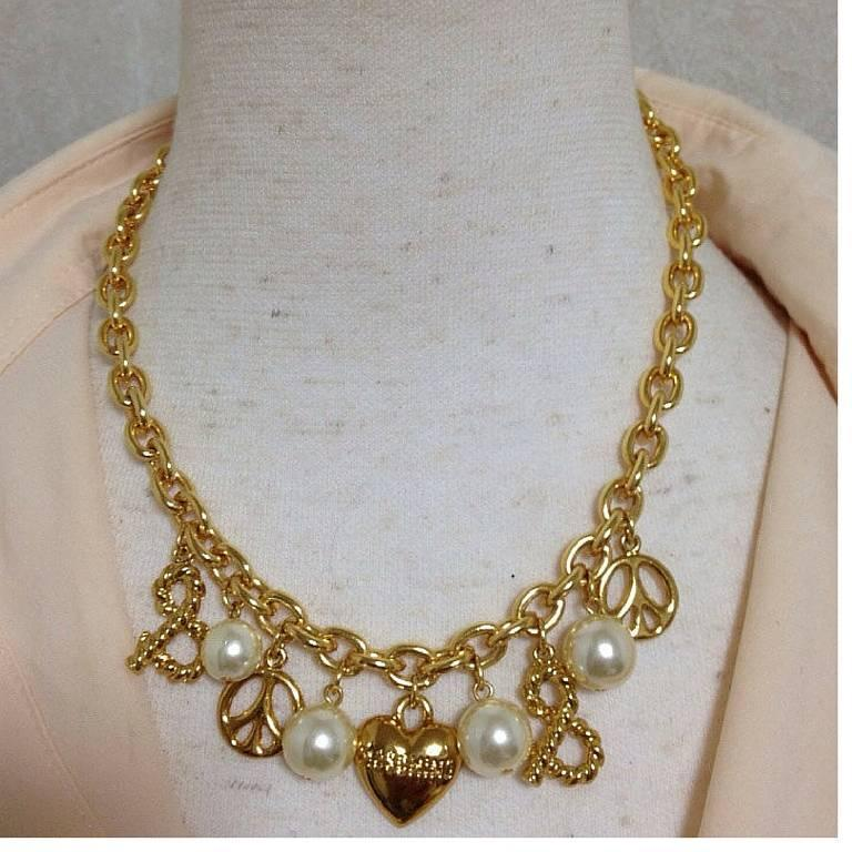 MINT. Vintage Moschino statement necklace with heart, peace mark, faux pearls.  4
