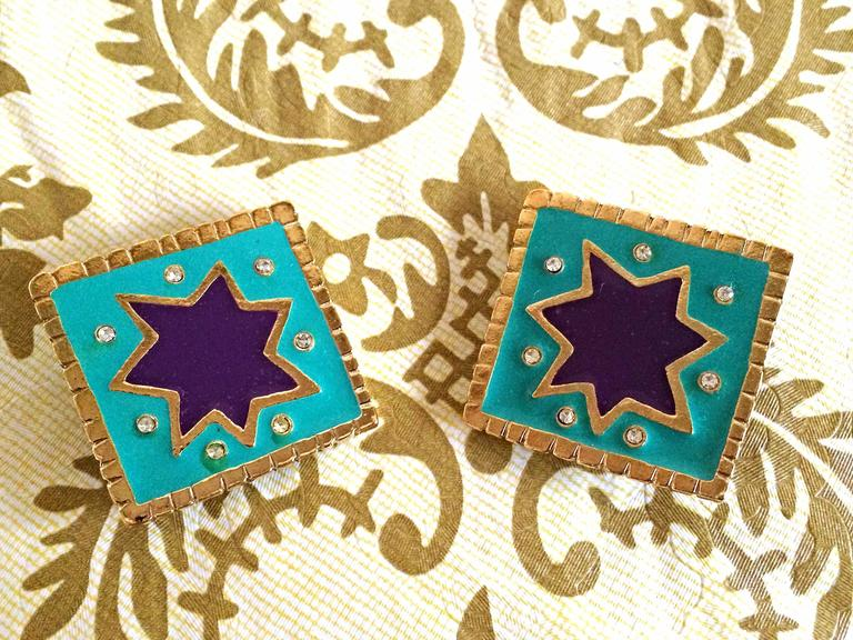 Vintage Christian Lacroix blue and purple enamel large square earrings, crystals In Good Condition For Sale In Kashiwa, JP