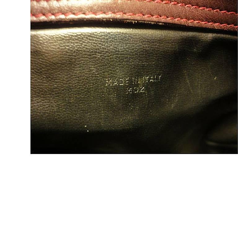80's vintage Celine shoulder purse in bordeaux, burgundy leather with blason. 8
