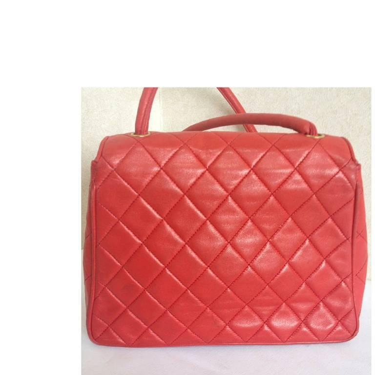 Vintage CHANEL lipstick red lamb leather shoulder bag with leather strap and cc. 3