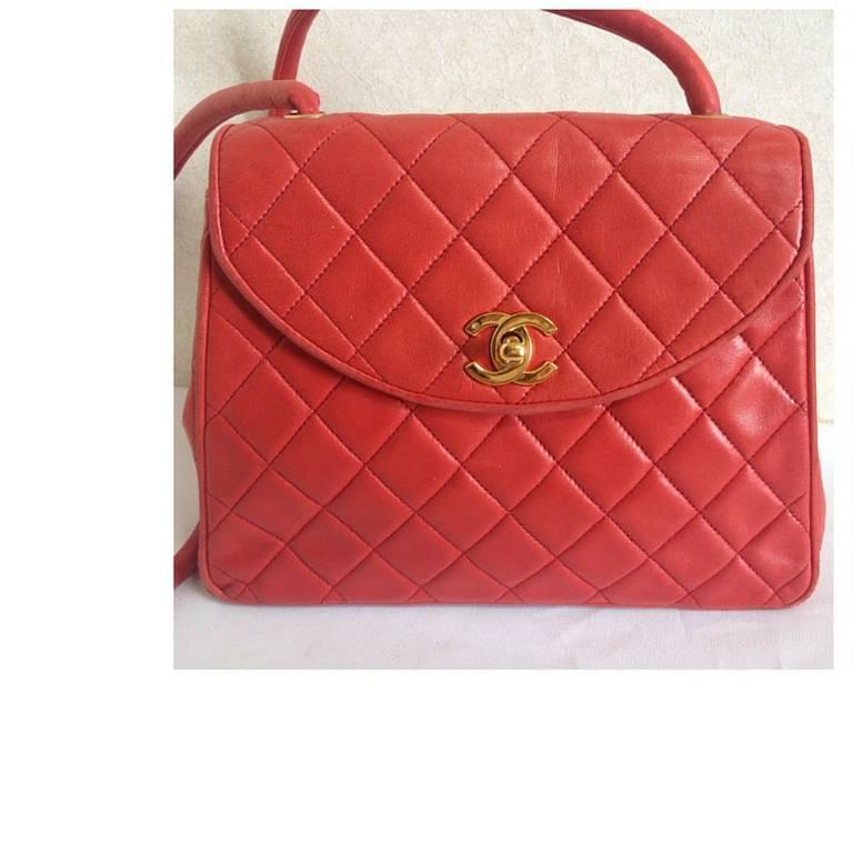 Vintage CHANEL lipstick red lamb leather shoulder bag with leather strap and cc. 5