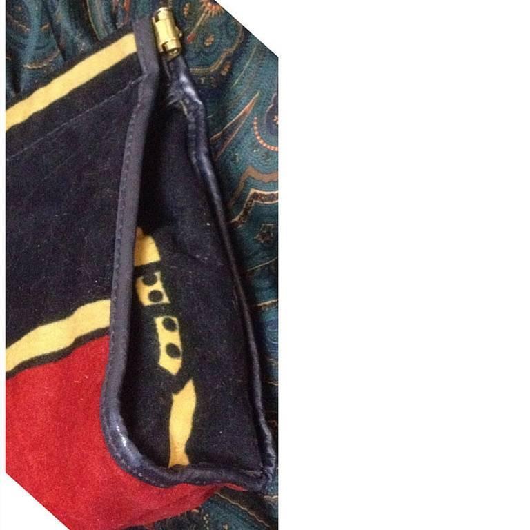 Vintage Roberta di Camerino, Ambassador, red, navy, and beige velvet clutch bag. 4
