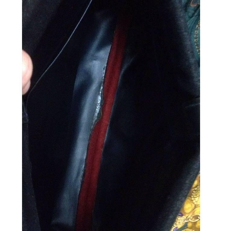 Vintage Roberta di Camerino, Ambassador, red, navy, and beige velvet clutch bag. 7