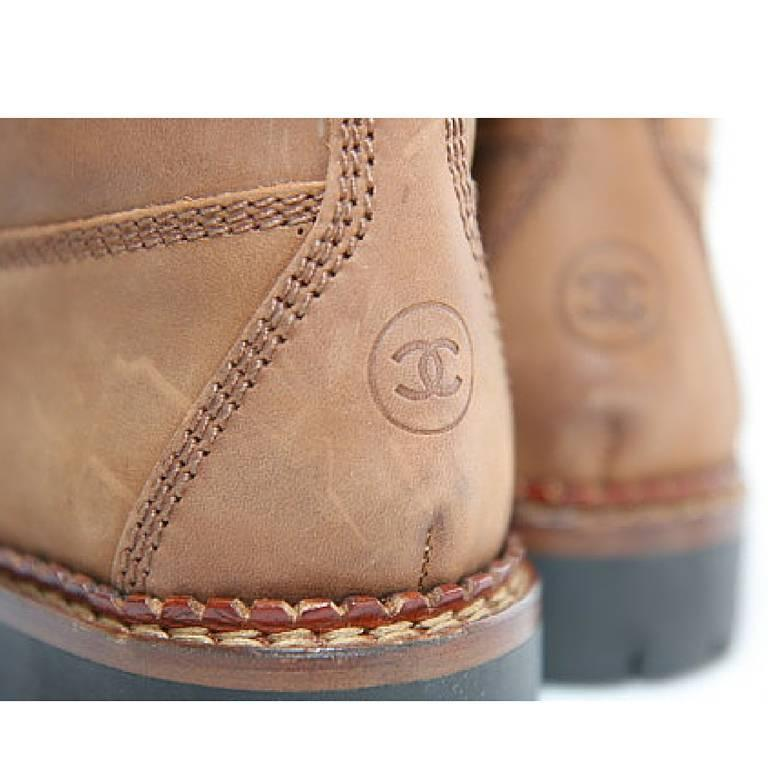 Vintage CHANEL middle high, brown leather boots, hiking lace up boots. cc marks For Sale 1