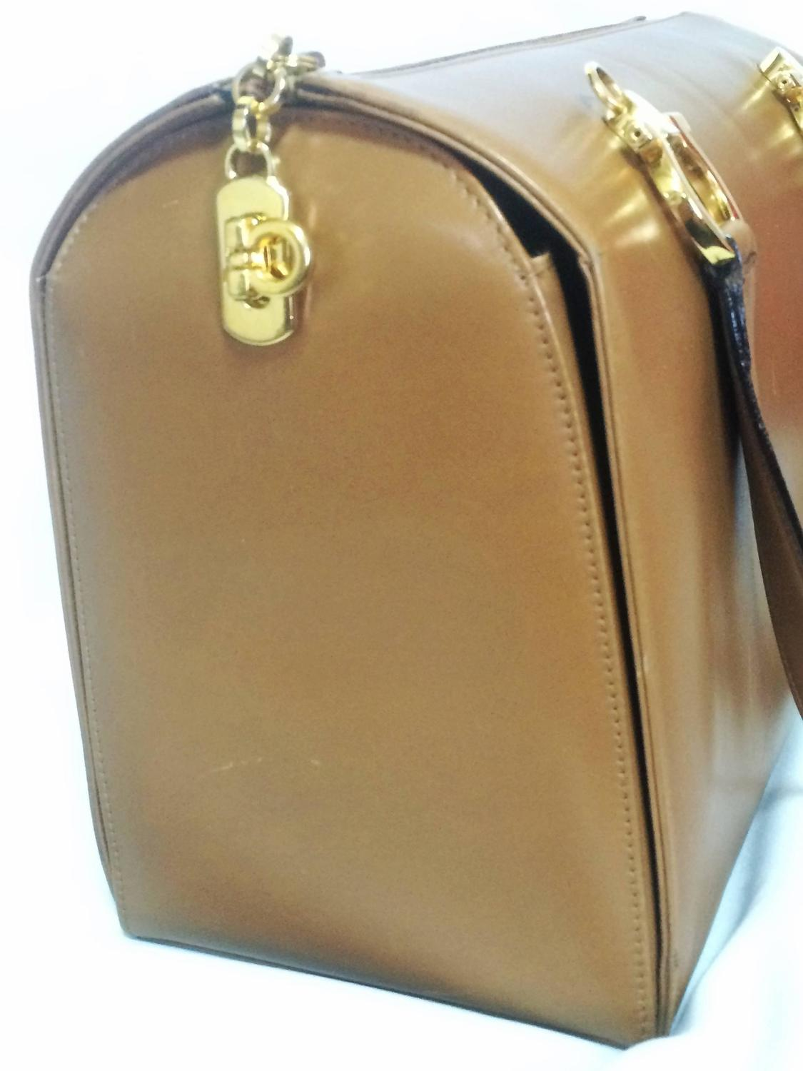 Vintage Salvatore Ferragamo tanned brown leather gancini handbag with ...