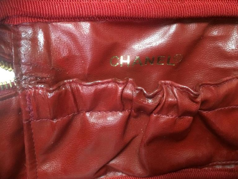 Vintage CHANEL lipstick red caviar cosmetic and toiletry pouch. Classic. 8