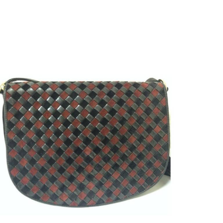 Vintage Bottega Veneta black and wine brown intrecciato woven suede shoulder bag 2