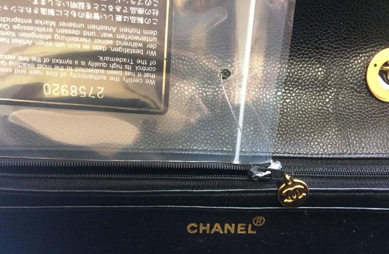 Vintage CHANEL black 2.55 jumbo caviar large shoulder bag, vertical stitches. 9