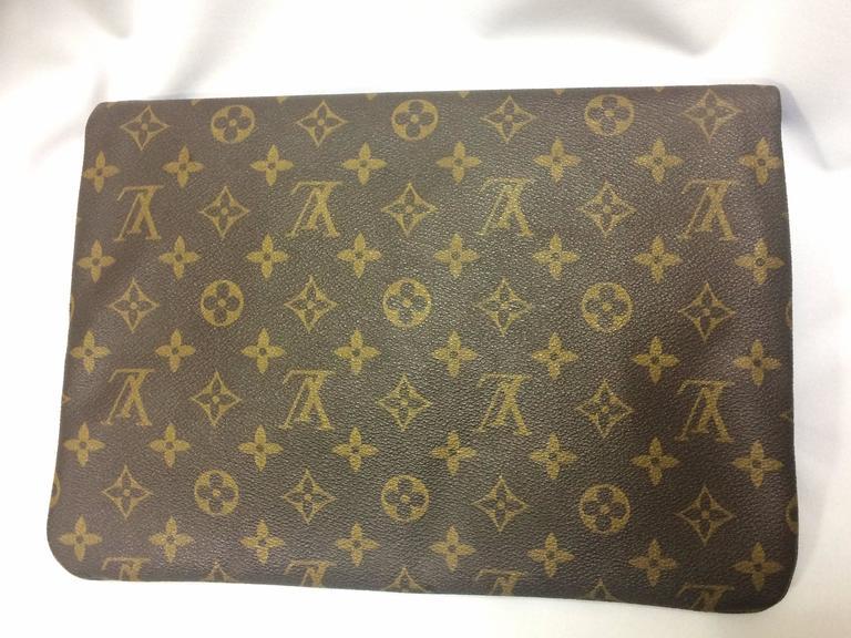 80 S Vintage Louis Vuitton Monogram Envelope Style