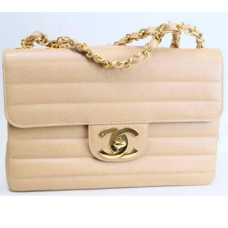 Vintage CHANEL beige 2.55 horizontal stitch large caviar leather shoulder bag. 8
