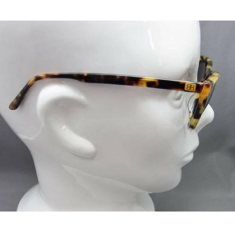 80's vintage Balenciaga French made marble brown frame sunglasses. For Sale 1