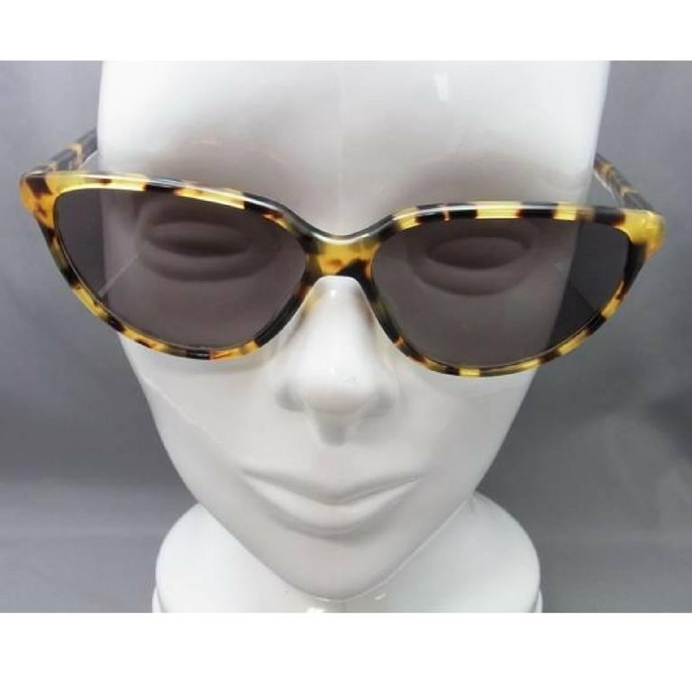 Black 80's vintage Balenciaga French made marble brown frame sunglasses. For Sale