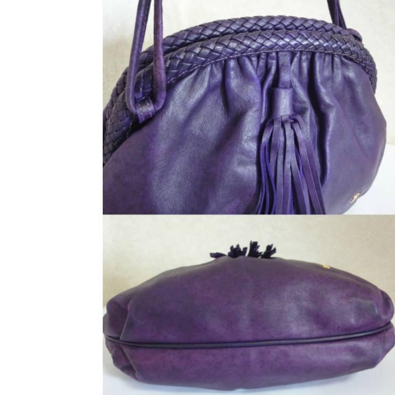 Vintage BALLY deep purple, violet leather pouch, clutch style shoulder bag. For Sale 2