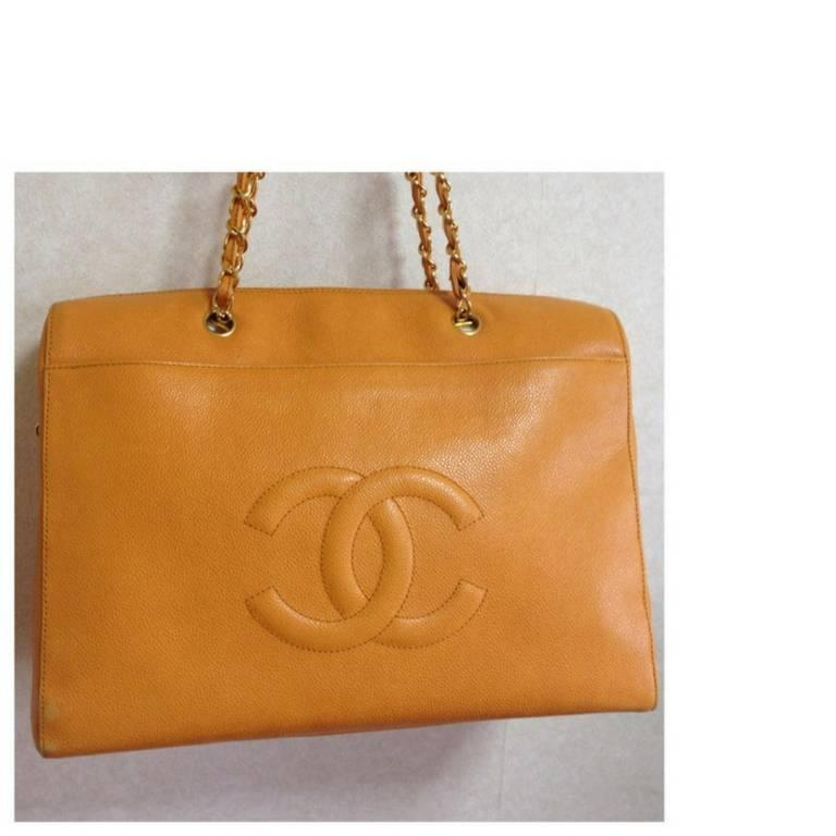 Vintage CHANEL orange yellow caviar leather chain shoulder large tote bag. 2