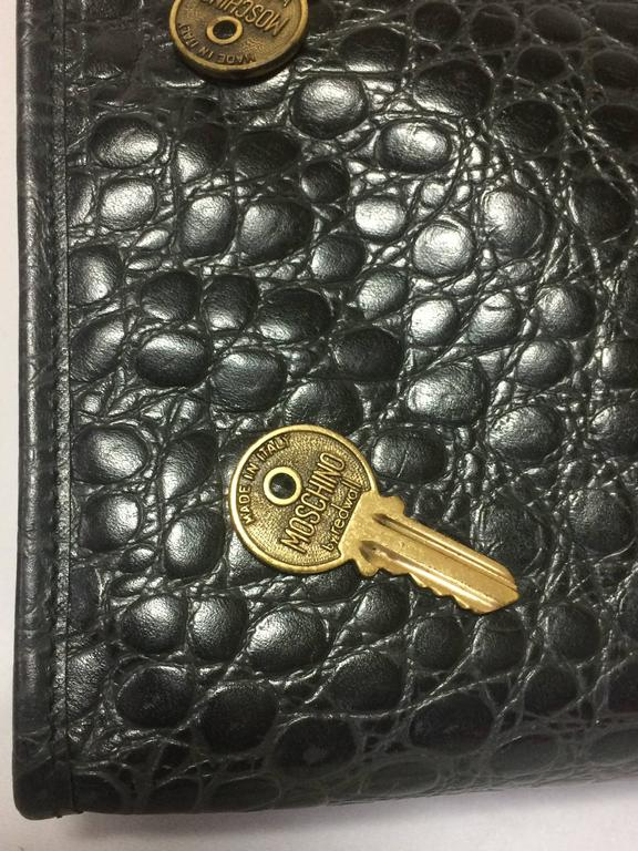 Vintage MOSCHINO classic croc-embossed black leather clutch bag with key logo 5
