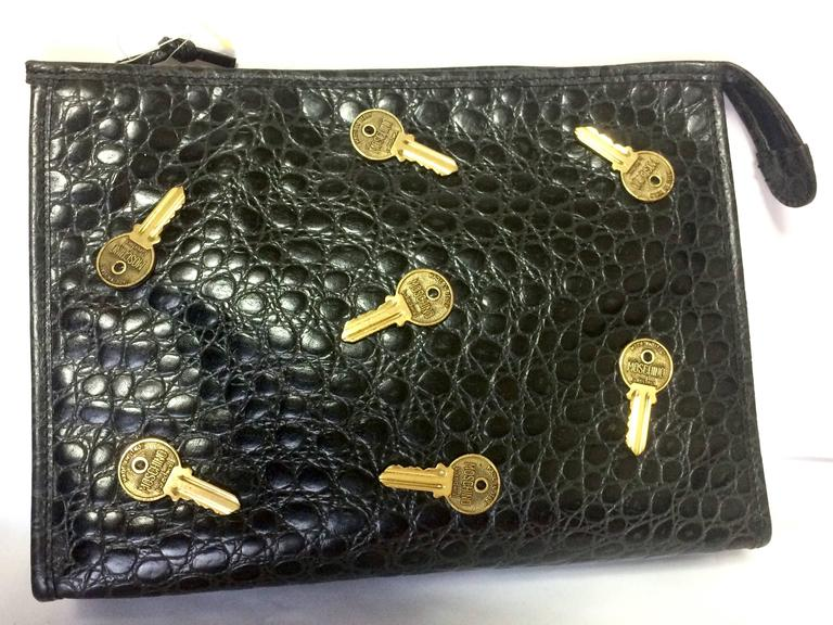 Vintage MOSCHINO classic croc-embossed black leather clutch bag with key logo 4