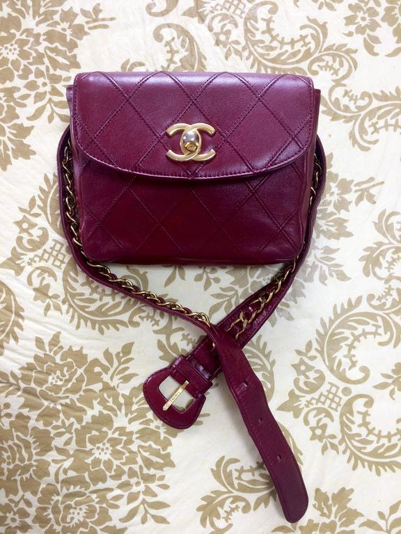Vintage CHANEL wine leather waist purse, fanny pack with golden chain belt. 10