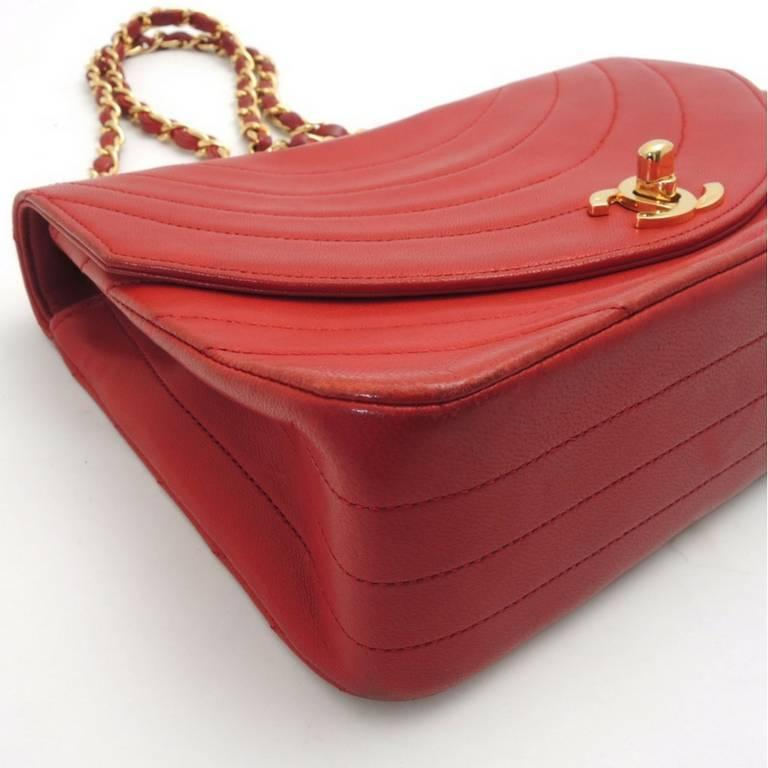Red Vintage CHANEL unique oval U stitch red lamb leather classic 2.55 shoulder bag. For Sale