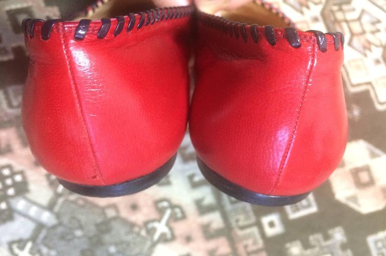 Vintage CHANEL lipstick red calfskin leather flat pump shoes with black stitches 8