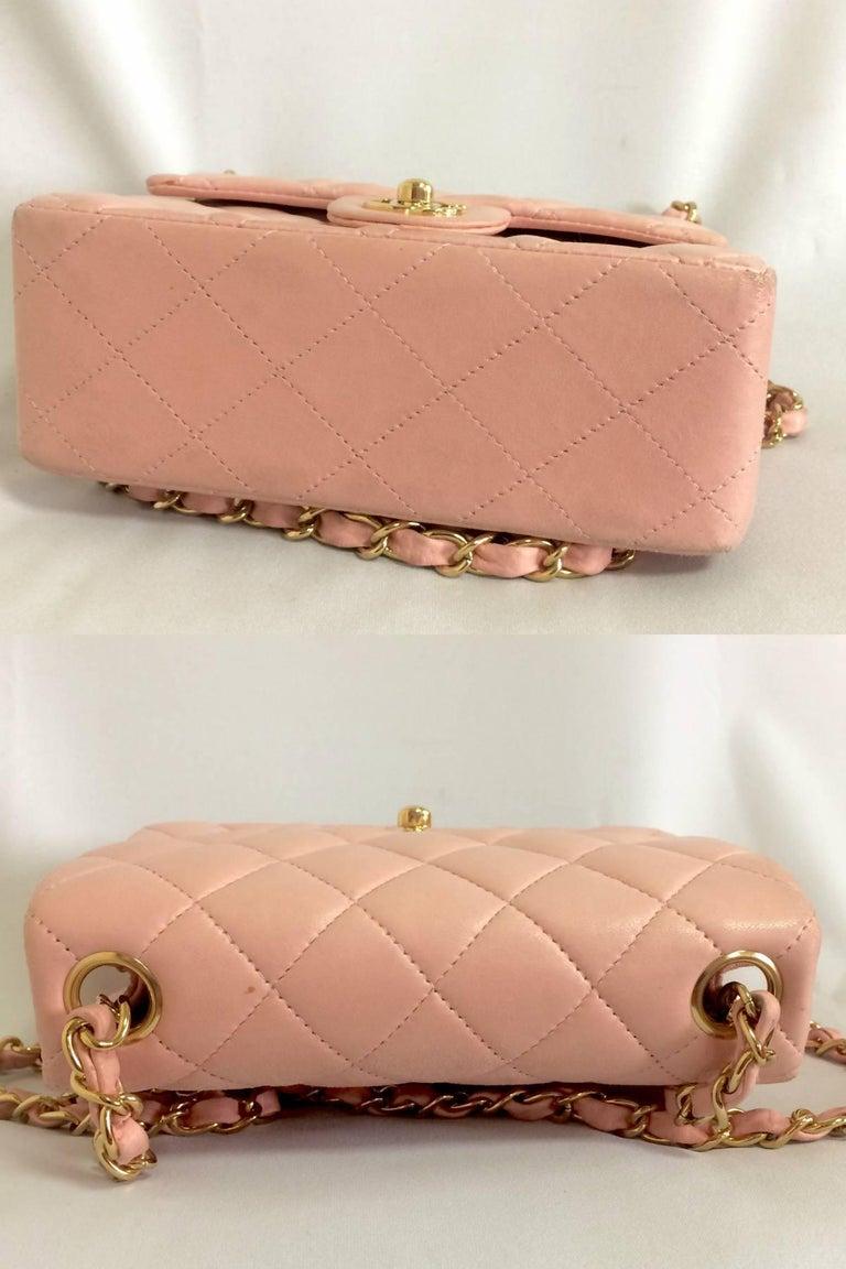 Vintage CHANEL pink lamb leather classic flap chain mini 2.55 shoulder bag. For Sale 1