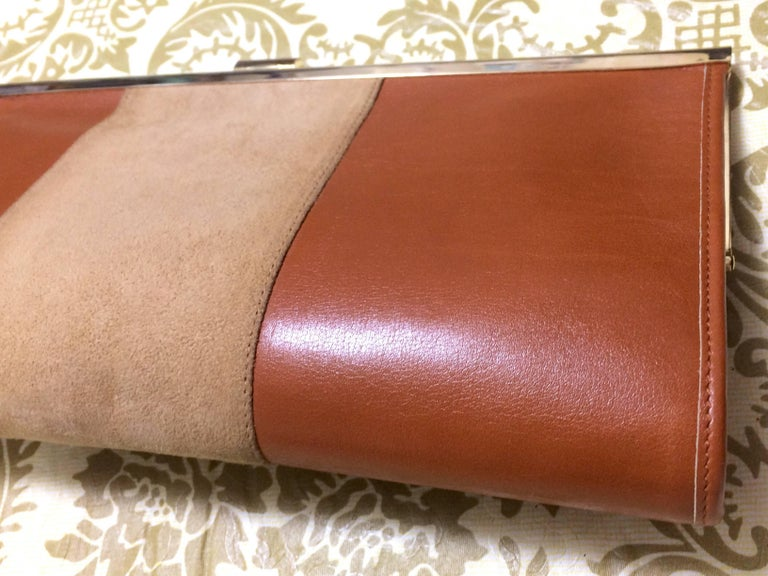 Women's or Men's Vintage Christian Dior beige suede and tanned brown leather clutch purse For Sale