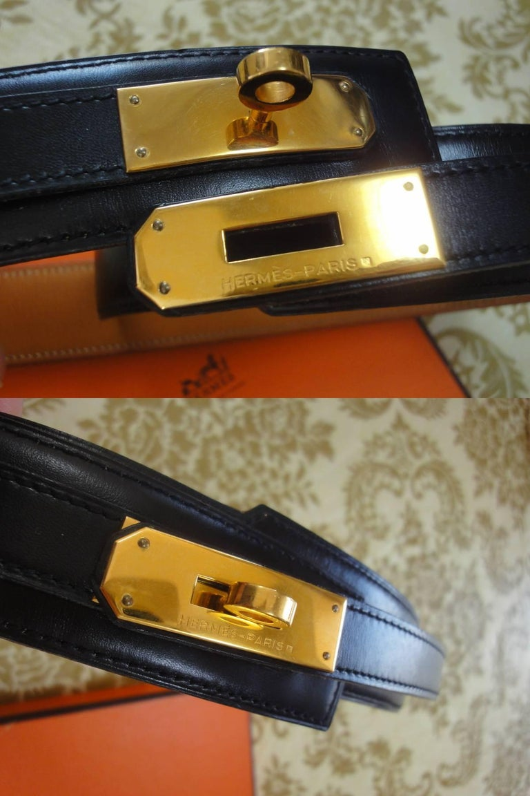 MINT. Vintage HERMES black box calf leather Kelly belt. Stamp S in O, 1989. 65cm In Excellent Condition For Sale In Kashiwa, Chiba