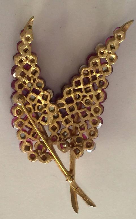 1950s TRIFARI Briolette Fuschia Swarovski Crystal Floral Brooch Pin 3