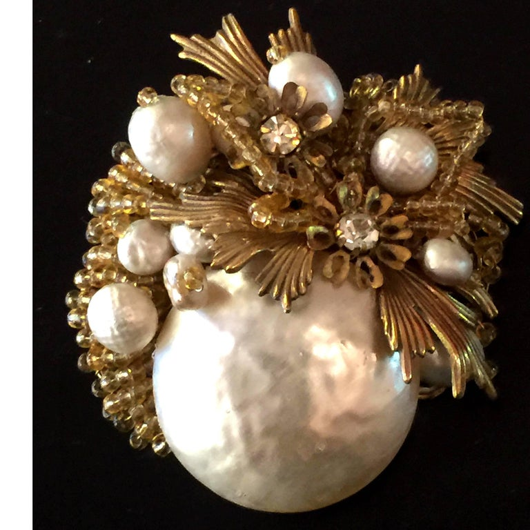 MIRIAM HASKELL Baroque Pearl Seed Bead and Gilt Metal Brooch/Pin For Sale 1