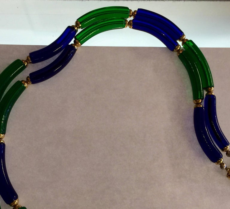 Archimede Seguso for CHANEL Cobalt and Emerald Tubular Glass Art Necklace In Excellent Condition For Sale In Palm Springs, CA