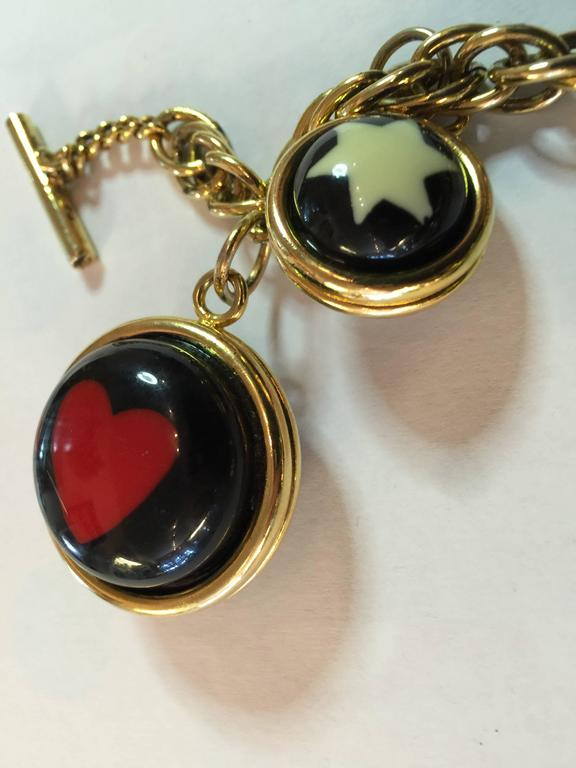 1990s  MOSCHINO Enamel and Goldtone Question Mark/Heart Charm Bracelet 4