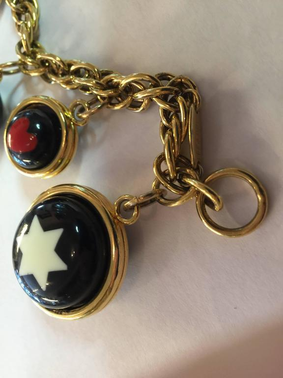 1990s  MOSCHINO Enamel and Goldtone Question Mark/Heart Charm Bracelet 5