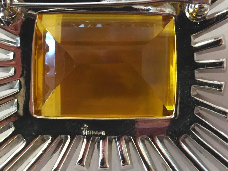 Women's Dazzling 1950s Brilliant Baguette TRIFARI Brooch Pin with MASSIVE Amber Stone For Sale