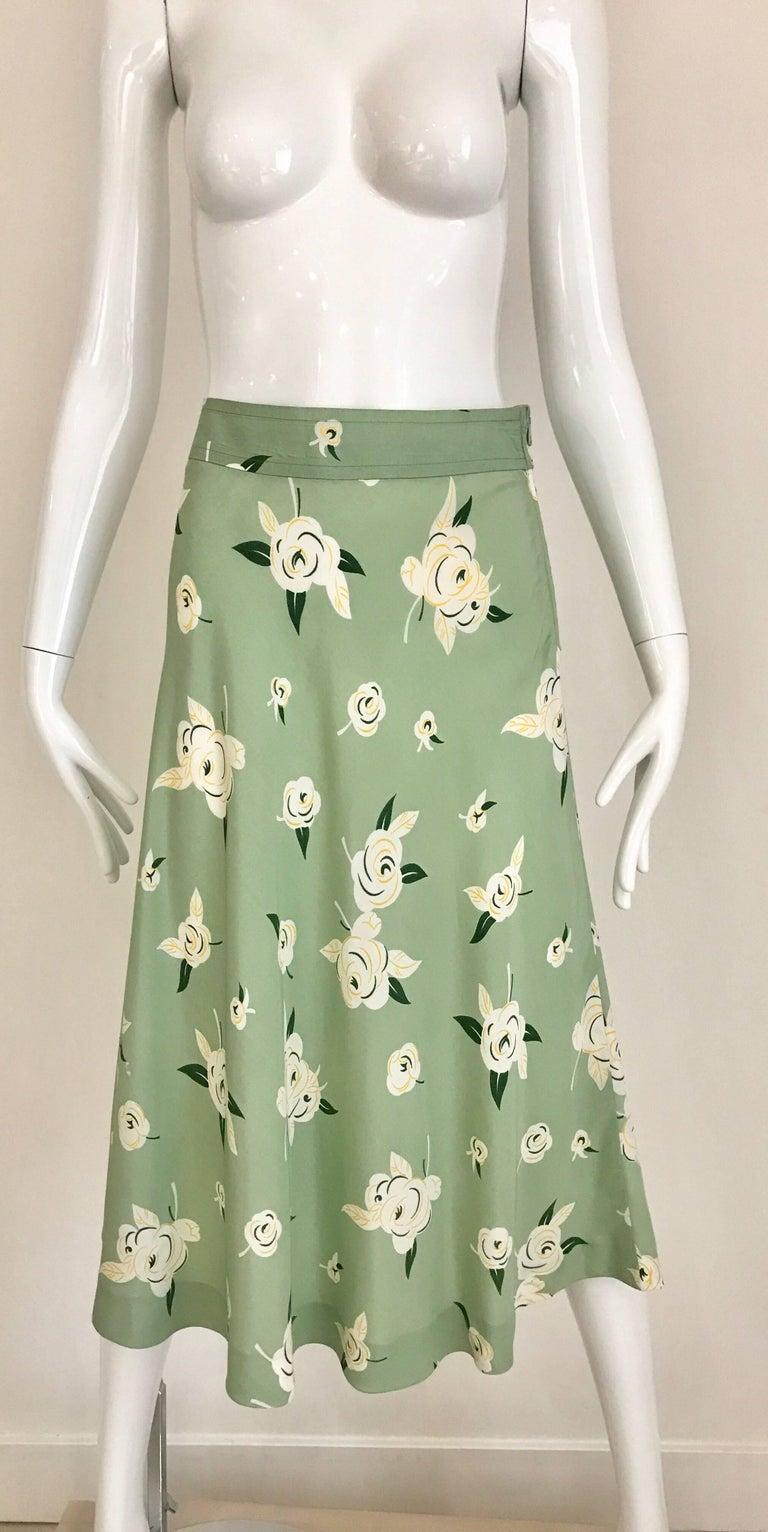 Gray GUY LAROCHE 1970s Floral Print Light Green Rayon Blouse Skirt Ensemble  For Sale