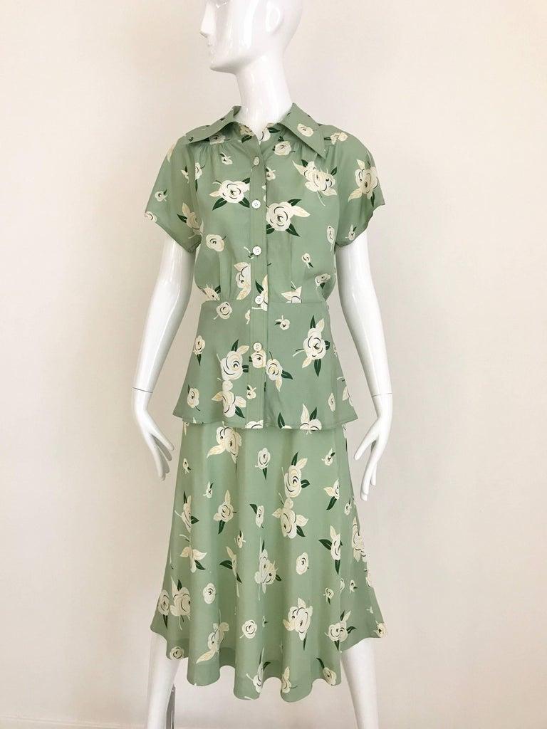 GUY LAROCHE 1970s Floral Print Light Green Rayon Blouse Skirt Ensemble  For Sale 2