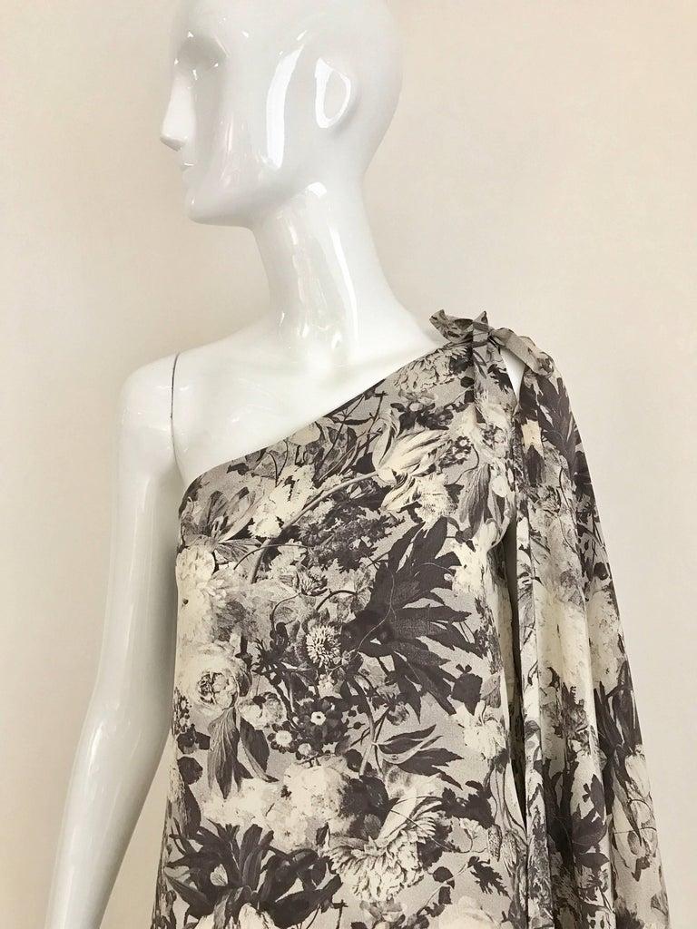 1970s Jean Patou Grey Floral Print Silk One Shoulder dress. Size 4/6