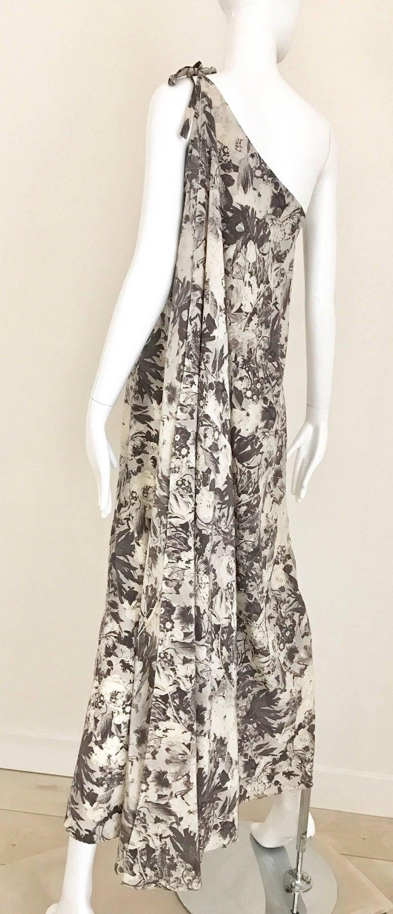 Women's Jean Patou Grey Floral Print One Shoulder Silk Dress, 1970s  For Sale