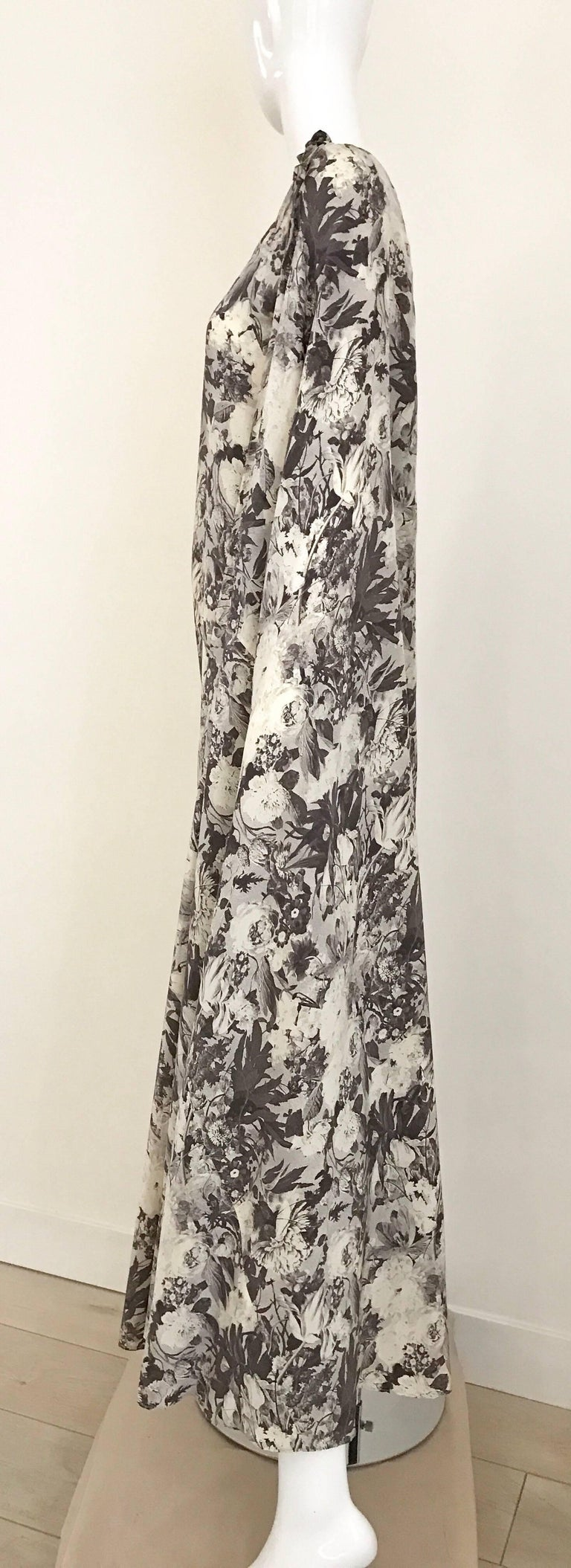 Jean Patou Grey Floral Print One Shoulder Silk Dress, 1970s  For Sale 1