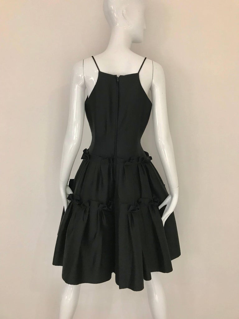 Oscar De La Renta Black Silk Cocktail Dress  In Excellent Condition For Sale In Beverly Hills, CA
