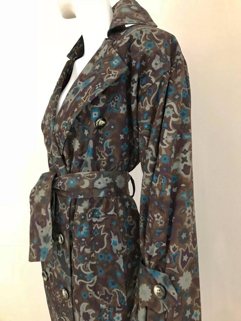1970s Saint Laurent Brown, Teal and Grey Paisley Print vintage Trench Coat For Sale 2