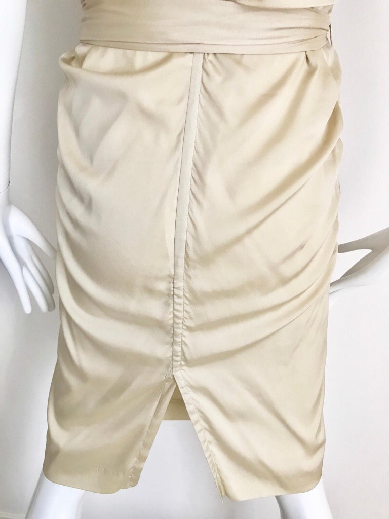 Gucci  by Tom Ford Tan Silk Shirt Dress  For Sale 4
